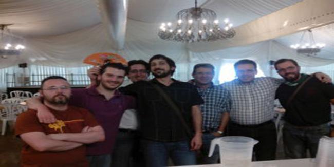El equipo de IKNX Ingenieria en la feria de Córdoba