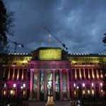 Iluminación exterior de monumentos y edificios públicos